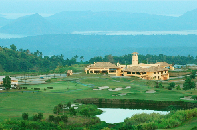 Splendido Taal Residential Golf & Country Club